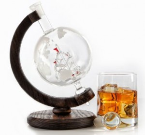 Etched Globe Whiskey Decanter- 1000ml Glass Bourbon Decanter for Liquor, Scotch, Rum